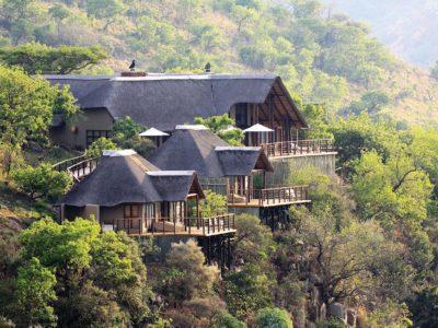 Explore Esiweni Lodge